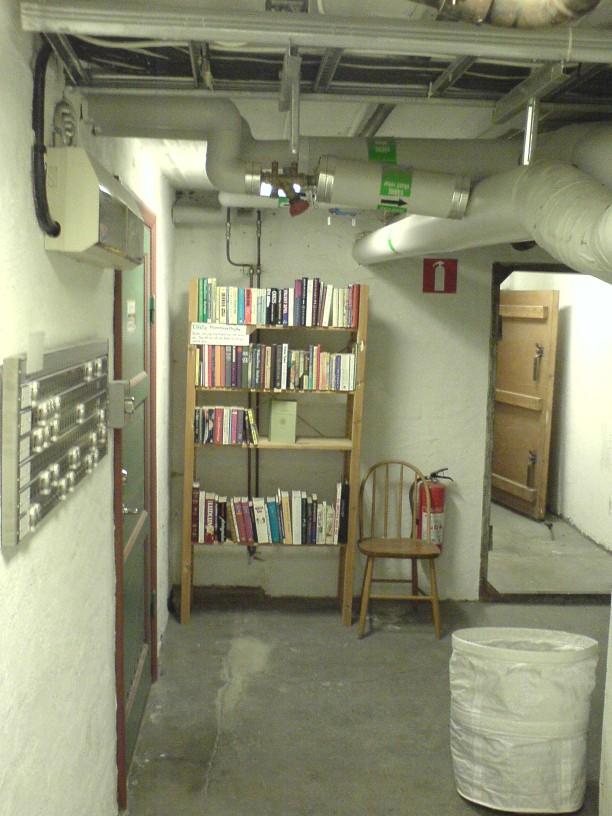 Półka w piwnicy